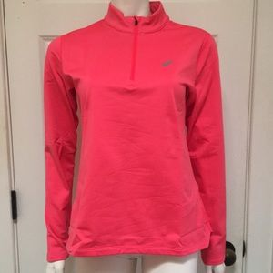 ASICS Athletic/Athleisure 1/2 Zip Top, NWT!